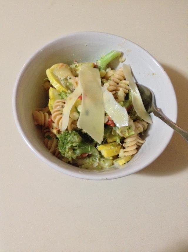 summer veggie pasta bowl